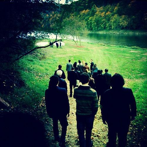 Walking to ceremony (twitter.com/questlove)