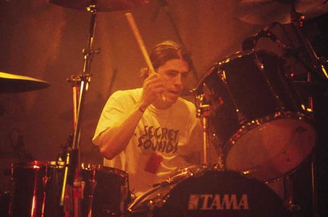 Dave Grohl drumming for Nirvana