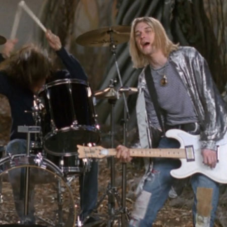 Dave Grohl Shares Unreleased Clips From Nirvana S Heart