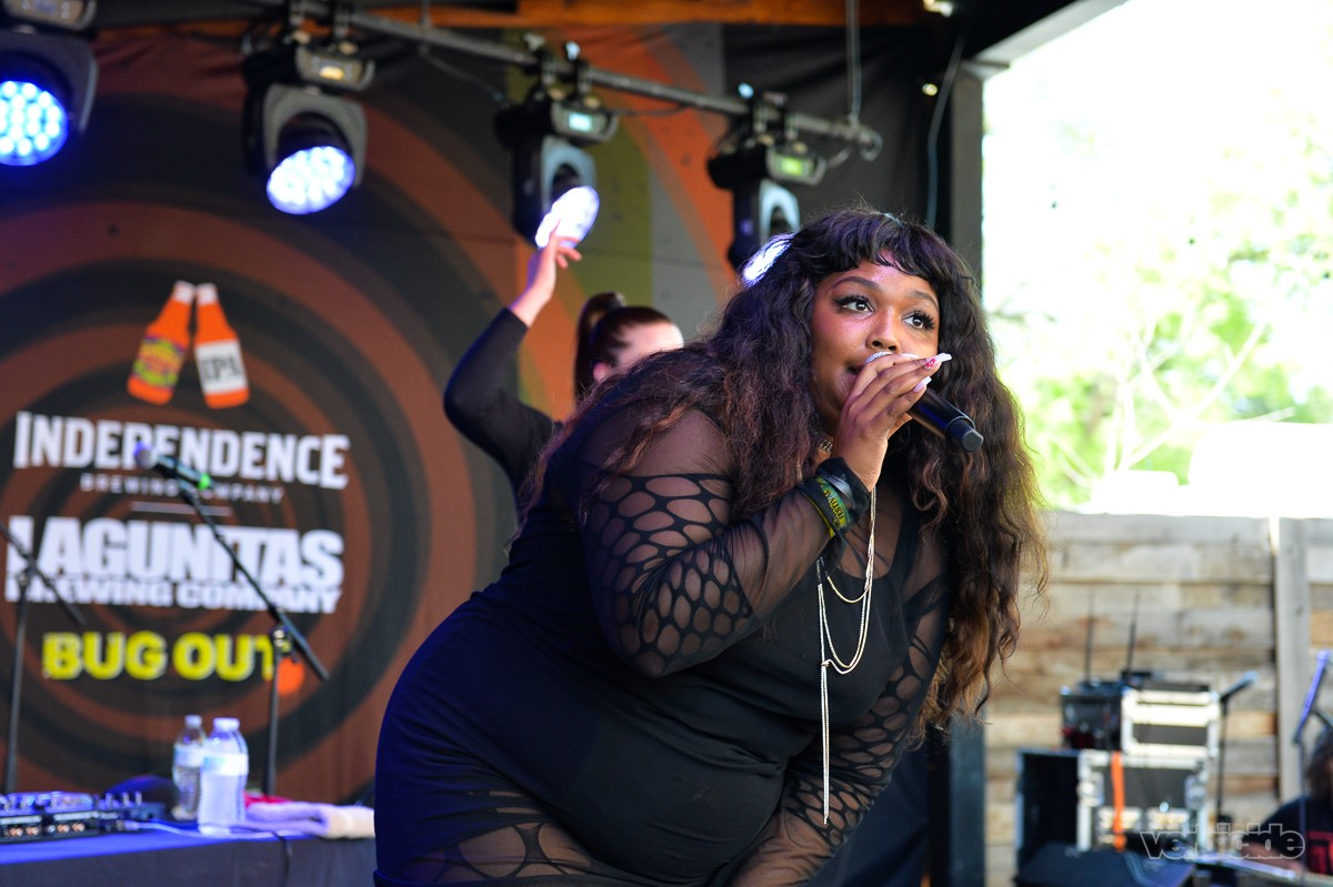 Lizzo peforming at the Scoot Inn on 3.14.17